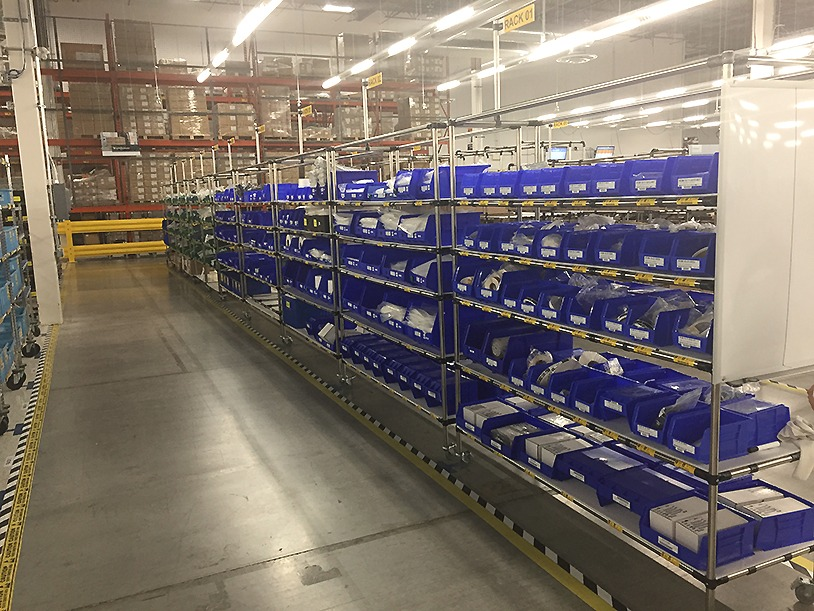 Racks with bins in 5S warehouse