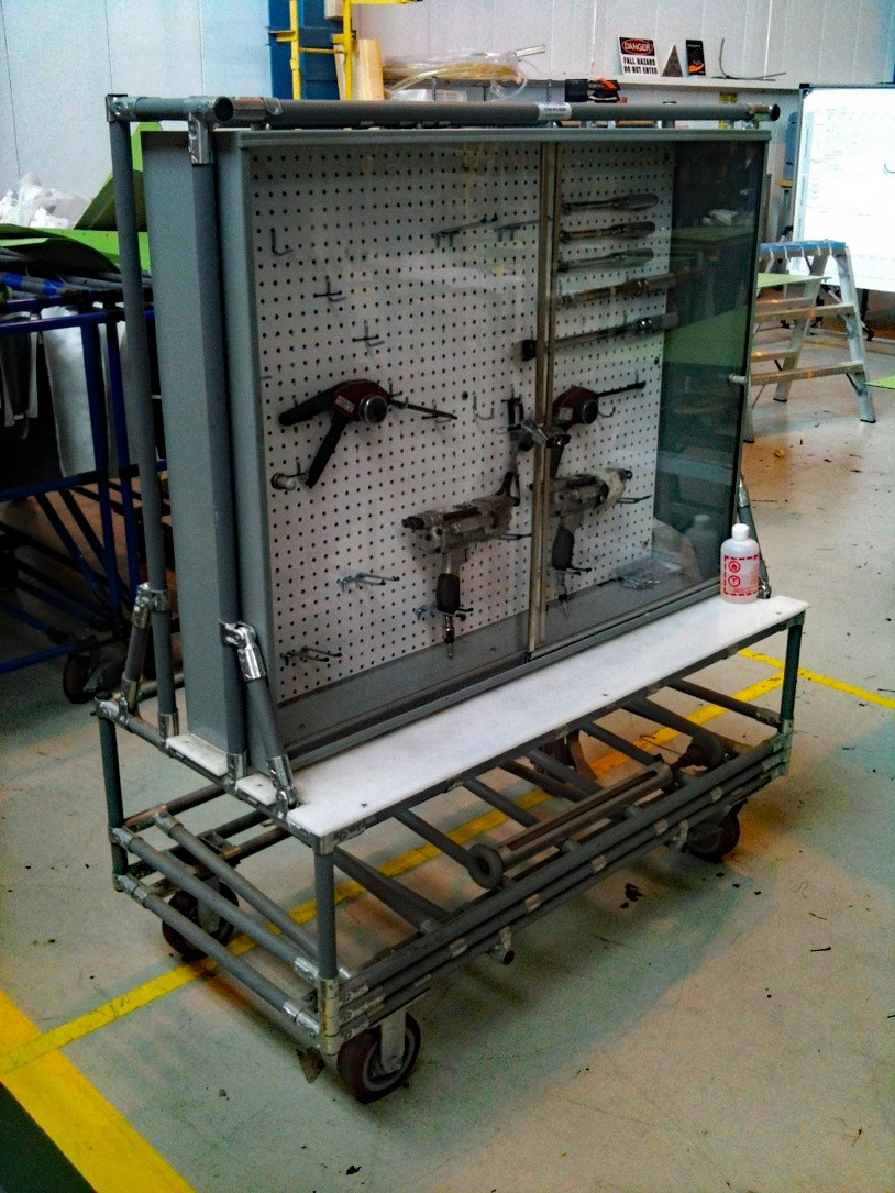 Steel Tool cabinet that was put on caster